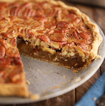 The Best Southern Pecan Pie