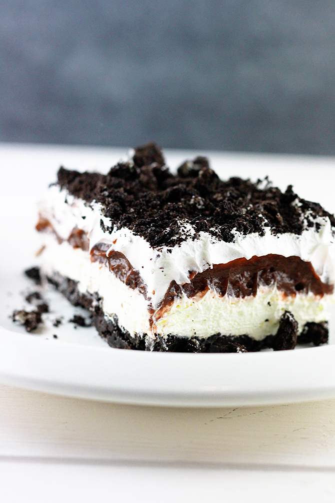 Oreo Delight served on white plate