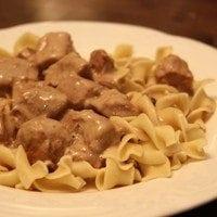 Slow Cooker Beef Stroganoff | SouthernBite.com