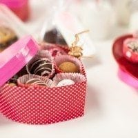 Easy Homemade Valentines Truffles