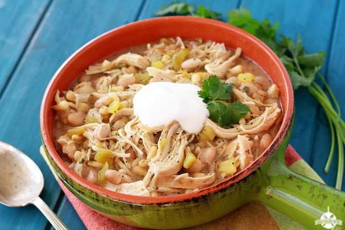 Slow Cooker Ranch White Chicken Chili | Chili Recipe Crock Pot Ideas To Satisfy Your Tummy And Soul