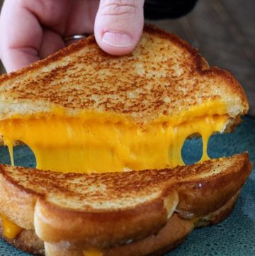 Grilled Cheese Hack with Sargento