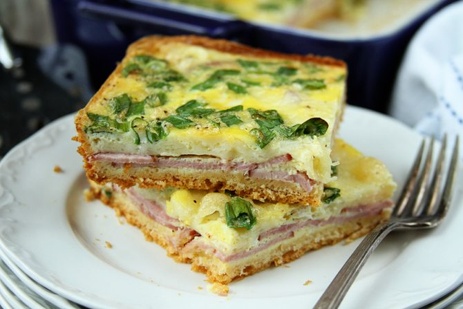 This ham and Swiss Brunch bake is the perfect easy breakfast or brunch for company!