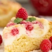 raspberry-streusel-cream-cheese-coffee-cake-recipe