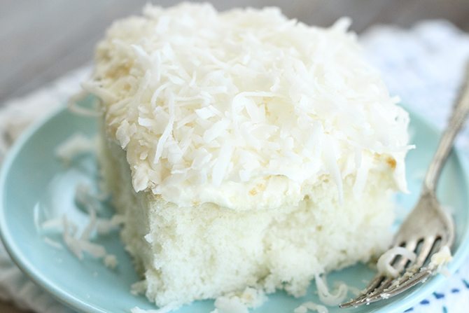 Hummingbird Sheet Cake With Coconut