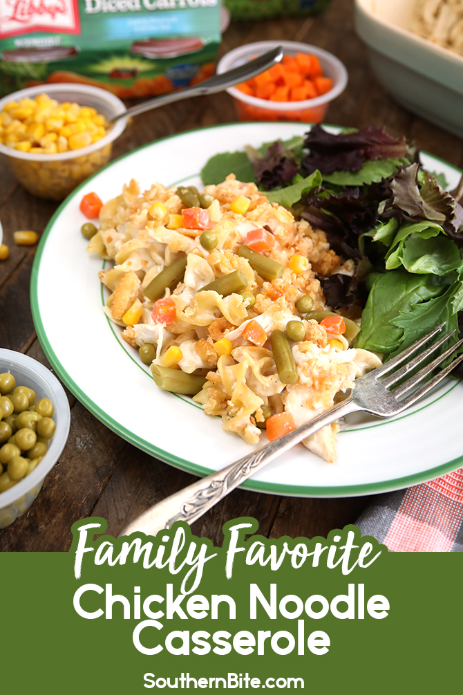 Picky eaters at home? Then try this Family Favorite Chicken Noodle Casserole on for size! This easy casserole allows each family member to pick their favorite single-serving @LibbysTable Vegetable Cup to mix right in to their serving of casserole - that way everyone gets exactly what they like! #sponsored #chicken #noodle #casserole #weeknight