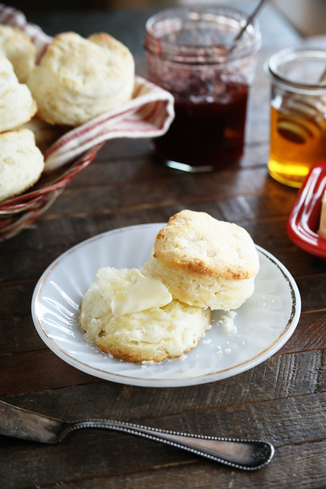 Light, flaky, tender, biscuits are an art, but they don't have to be super complicated. This recipe gives you to the tools, tips, and tricks for turning out mile-high Southern Buttermilk Biscuits with ease! They're quick, easy, and only call for 3 ingredients!
