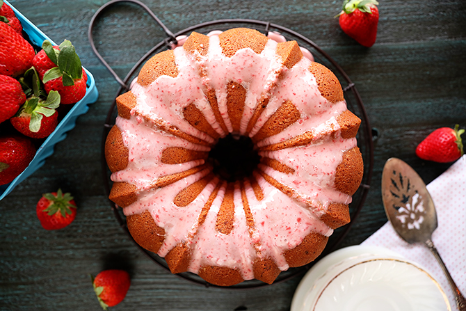 Strawberry Jam Pound Cake