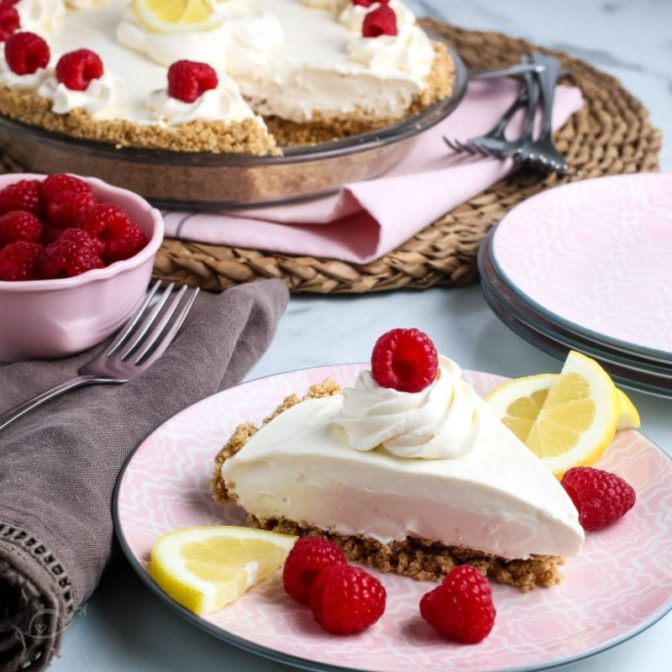 Lemonade Pie on a pink plate