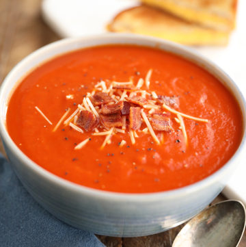Easy Tomato Soup with Bacon