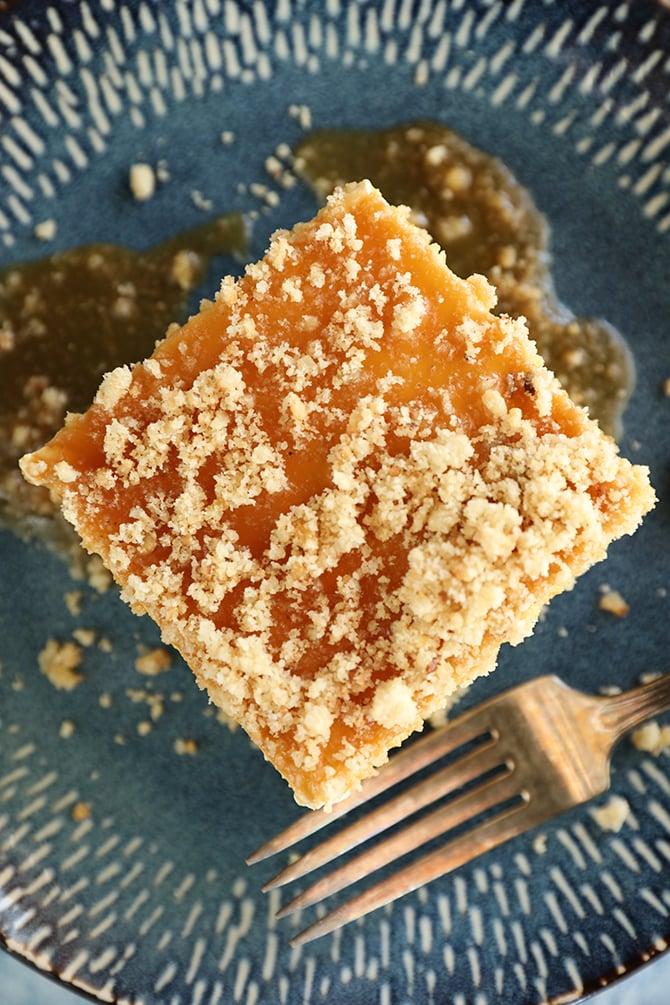 Overhead shot of Caramel Pecan Shortbread No-Bake Cheesecake