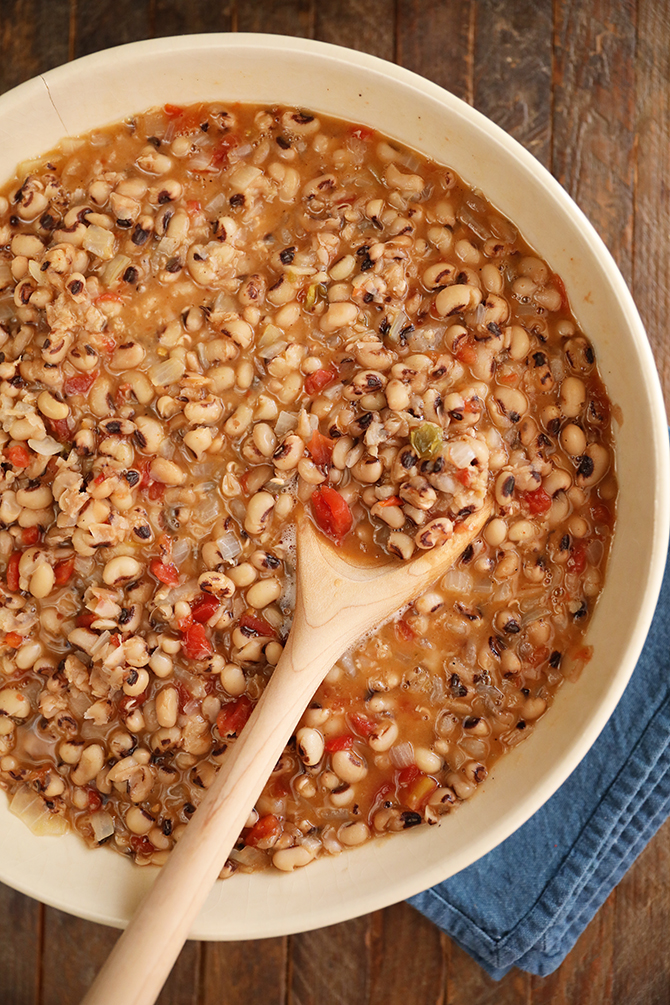 Bolw of Spicy Creole Black-eyed Peas